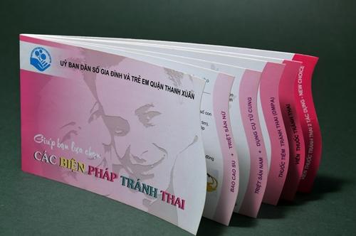 Brochure, Tờ gấp - Trung tâm DS KHH GĐ, quận Thanh Xuân, Hà Nội